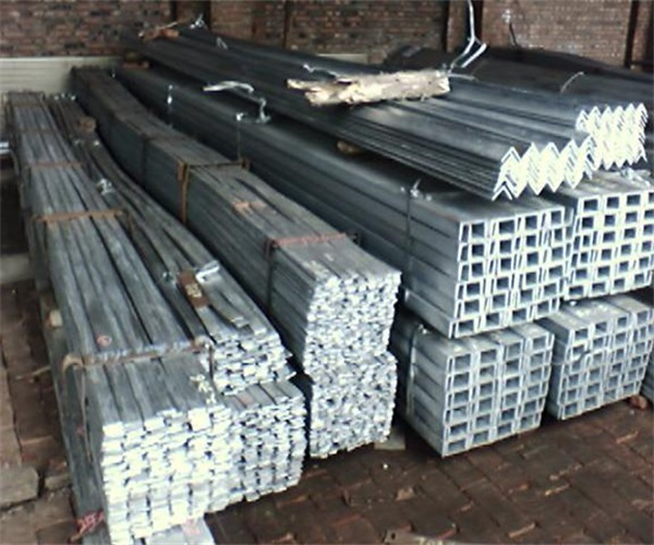 Q235b熱鍍鋅扁鋼